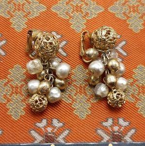 🌈 Vintage gold filagree pearls balls charms